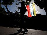 Attacke auf Abgeordnete: Maduro-Anhänger stürmen Parlament