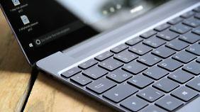 Die Tastatur des Matebook X erlaubt komfortables Tippen.