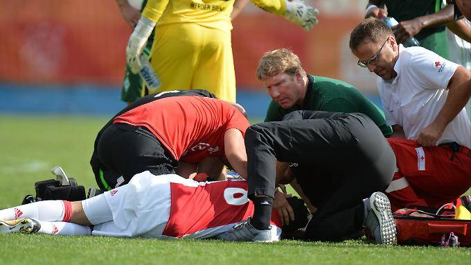 Abdelhak Nouri war im Juli 2017 auf dem Spielfeld zusammengebrochen und erlitt einen irreparablen Gehirnschaden.