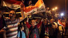 Ministerpräsident erklärt Sieg: Iraker feiern Befreiung Mossuls vom IS