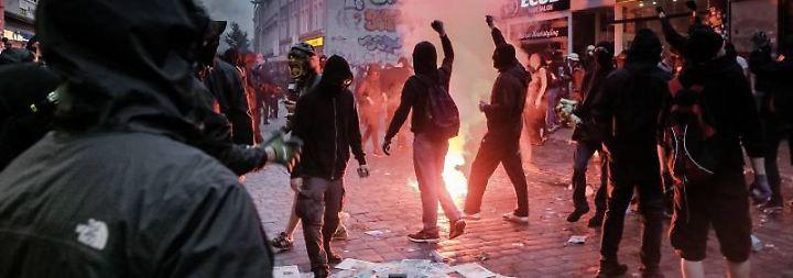 Lebensgefahr durch G20-Randalierer: Polizei verweigerte Einsatz im Schanzenviertel