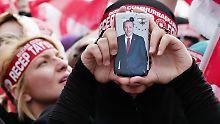 """""""Das ist ein Alptraum"""": Erdogan schaltet sich in Handys ein"""