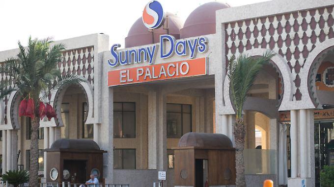 Blick auf das Hotel in Hurghada, Ägypten, an dessen Strand ein Attentäter Urlauber mit dem Messer attackiert hattte. Bei dem Angriff sind zwei deutsche Frauen getötet worden.
