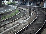 Massive Behinderungen: Signalstörung lähmt Bahnverkehr in NRW