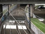Regen und Überschwemmungen: Himmel entlädt sich über Rheinstädten