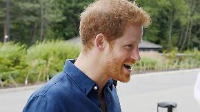 Promi-News des Tages: Prinz Harry will durchbrennen