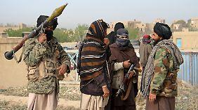 Die Taliban drohen, Afghanistan zum Friedhof der USA zu machen.