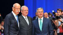Vorteil Zetsche: Der Daimler-Chef zusammen mit den damaligen Vorstandsvorsitzenden von VW und BMW Winterkorn und Reithofer.