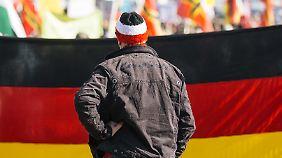 Resistent im internationalen Vergleich: Populismus verführt jeden dritten Deutschen