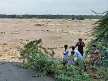 Der Tag: 17 Familienmitglieder sterben bei Flut in Indien
