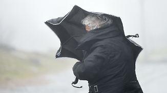 Wechselhaft stürmischer Freitag: Nachts schauert's wieder kräftig