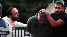 """""""Kontakte zu militanten Gruppen"""": Mehr als 1000 Festnahmen in der Türkei"""