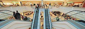 "Warenhaus steckt in tiefer Krise: Kaufhof-Mutter soll ""raus aus Europa"""