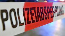 Unfälle in Bayern und Berlin: Zwei Autos fahren in Menschengruppen