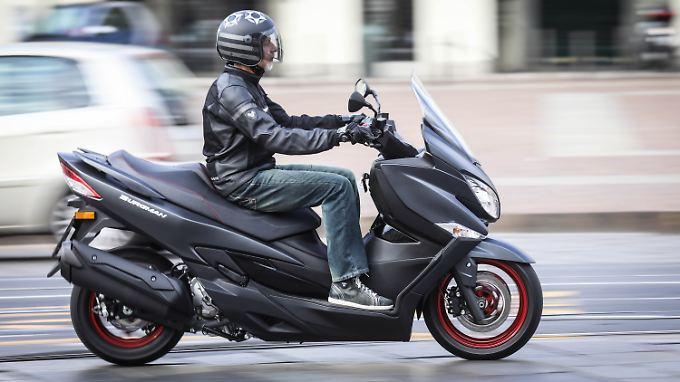 Die Suzuki Burgmann 400 ist ab Oktober zu haben.