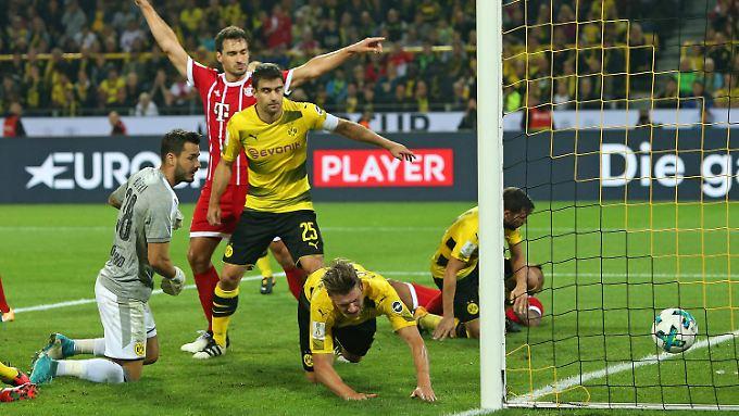 Bei beiden Bayern-Toren wurde der Videoschiedsrichter befragt - und erkannte die Treffer an.