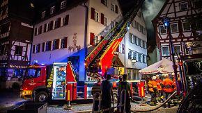 Zwei Tote bei Stuttgart: Feuer in Sozialunterkunft überrascht Bewohner im Schlaf