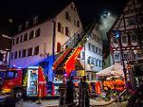 Tote und Schwerverletze: Brand zerstört Sozialunterkunft bei Stuttgart