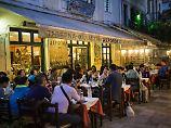 Versteckspiel mit Steuerfahndern: Griechen gehen mit Steuerlast kreativ um