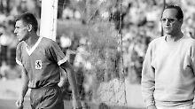 Gingen dann bald getrennte Wege: Timo Konietzka und Trainer Max Merkel.