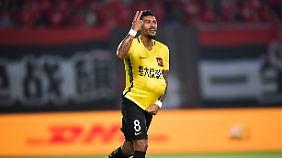 Paulinho spielte zuletzt für Guangzhou Evergrande in China.
