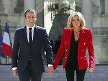 Sind derzeit in einem Haus mit Pool im Süden Frankreichs: Emmanuel und Brigitte Macron.