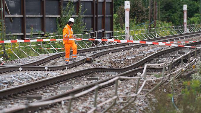 Streckensperrung bis Ende August: Bahnverkehr zwischen Rastatt und Baden-Baden eingestellt
