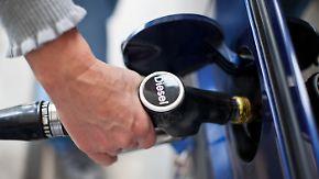 Subventionierung an der Tankstelle: Umweltbundesamt will Dieselprivileg abschaffen