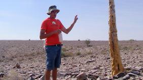 Pieter Van Wyk kennt alle Pflanzen der Region bei ihrem lateinischen Namen.
