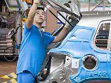 Arbeit in einem VW-Werk in der Nähe von Shanghai.