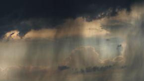Nachts kurze Regenpausen: Freitag birgt Unwetterpotenzial