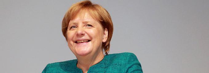 """""""Die richtigen Fragen"""": Die Kanzlerin bestellt schöne Grüße"""