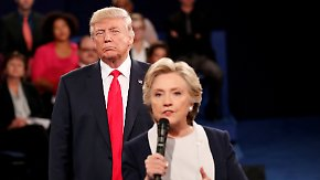 """Er starrte mich an, machte Grimassen"": Hillary Clinton rechnet mit Donald Trump ab"