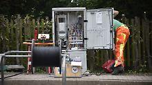 Glasfaser und Gigabit: Netzausbau: Parteien im Highspeed-Rausch