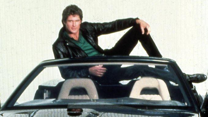 Kein Mann liegt so schön auf einem Auto rum wie David Hasselhoff.