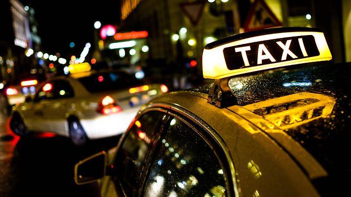 Taxis in Berlin: Nur wenige Taxi-Unternehmen in der Hauptstadt gelten noch als rentabel.