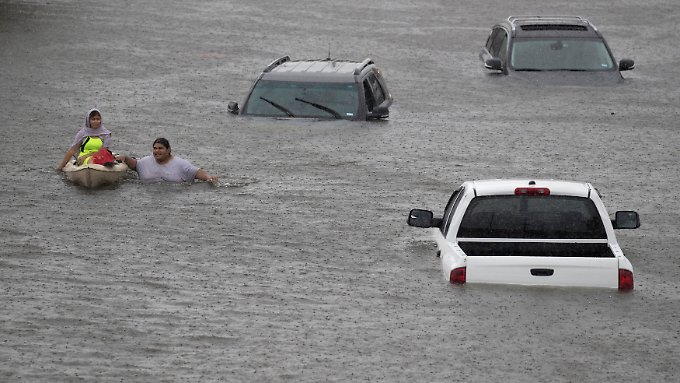 "Hurrikan ""Harvey"" tobt über Texas: Houston versinkt in den Fluten"