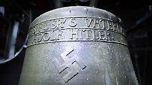 Schande oder Mahnmal?: Dorf bestellt Gutachter zur Hitler-Glocke