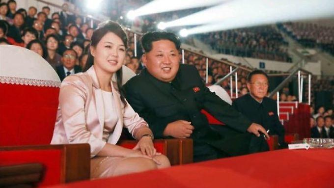 Angeblich seit 2009 verheiratet: Ri Sol Ju und Kim Jong Un.