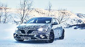 Der Renault Mégane RS wird sein Tarnkleid erst zur IAA ablegen.