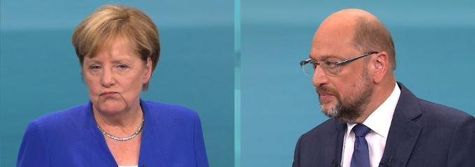 Angela Merkel liegt weiterhin 26 Prozentpunkte vor Martin Schulz.