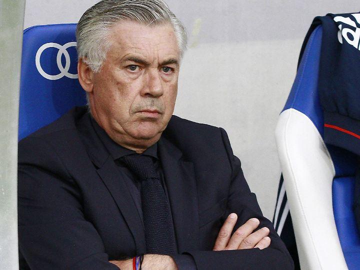 Von den Medien angezählt: Carlo Ancelotti.