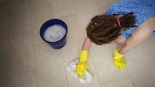 Putzen, Kochen, Kinder hüten: Haushaltshilfen als Wirtschaftsfaktor