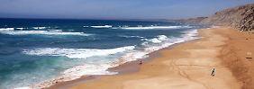 Surferparadies mit Superstränden: Mit dem Kamel-Taxi an Marokkos Küste