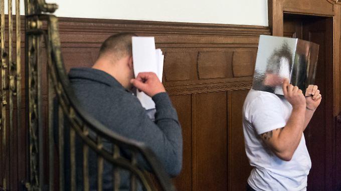 Adam K. und Pawel A. droht im Falle einer Verurteilung eines lebenslange Haftstrafe.
