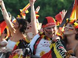 Gib's dann bestimmt auch wieder: Rudelgucken vor dem Brandenburger Tor wie bei der WM 2014.