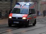 Bei akuten Fällen kommt natürlich der Rettungswagen.