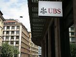 Rätsel um Schweizer Tresorraum: 100.000 Euro in Schnipseln verstopfen Klos