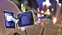 Norwegens Steckdosen sind belegt: E-Auto-Vereinigung rät vom Stromer-Kauf ab