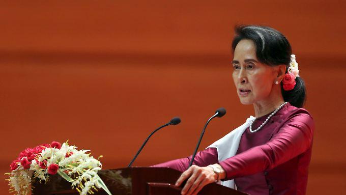 Amnesty International enttäuscht: Suu Kyi äußert sich erstmals zur Gewalt gegen Rohingya